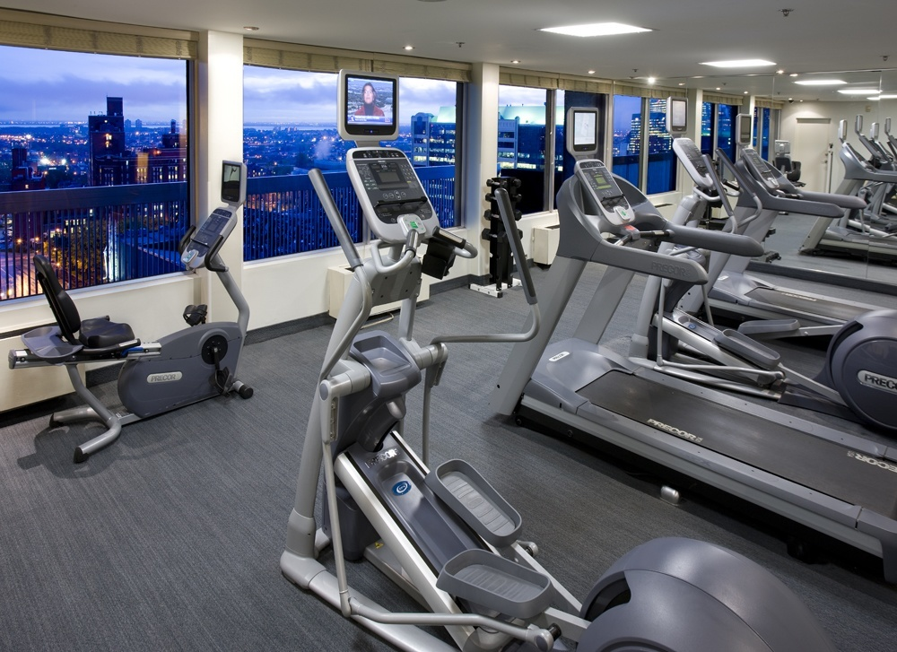 Fully equipped Gym with View Over Montreal