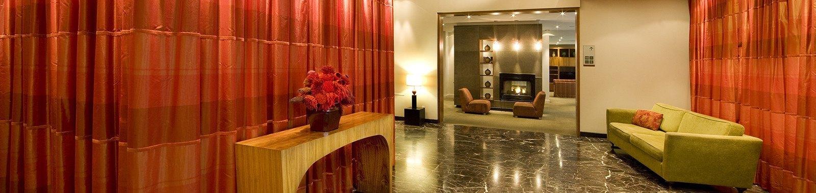 Residence Montreal' Lobby