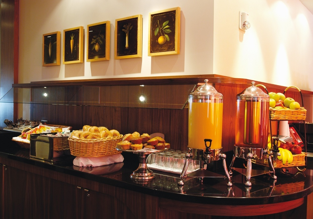 Fresh Hot and Cold Breakfast Buffet